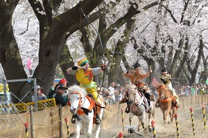 日本の伝統を演じる
